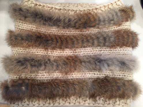 Wool and fur collar from Ludivine — $$$