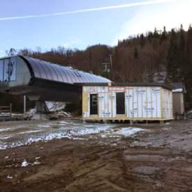 Avec le bâtiment en place, les travaux électriques vont s'accélérer.