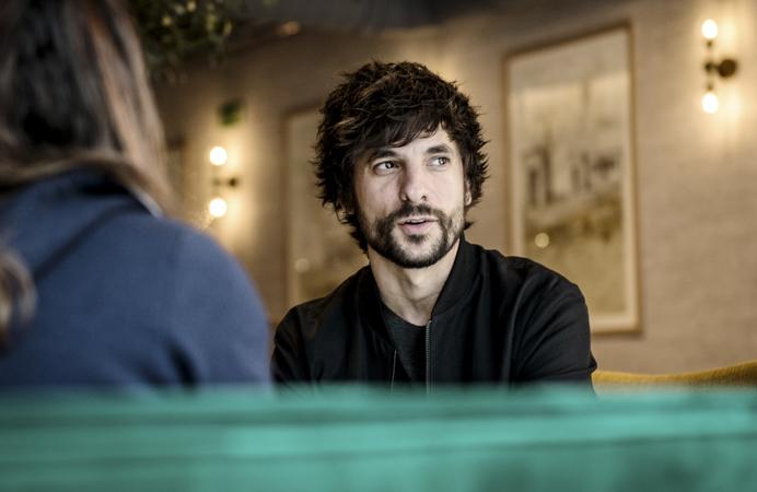El guionista y director Mikel Rueda. Foto de Ana Álvarez Prada.