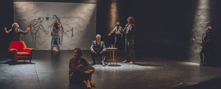 """Un instante de la obra teatral """"Algún sitio al que volver"""", de Carlos Sarrió"""