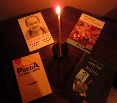 A murit scrierea creatoare… Drum bun, Alexandru Muşina.