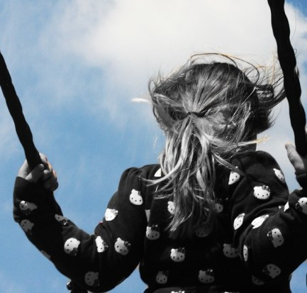 copil leagan foto pixabay