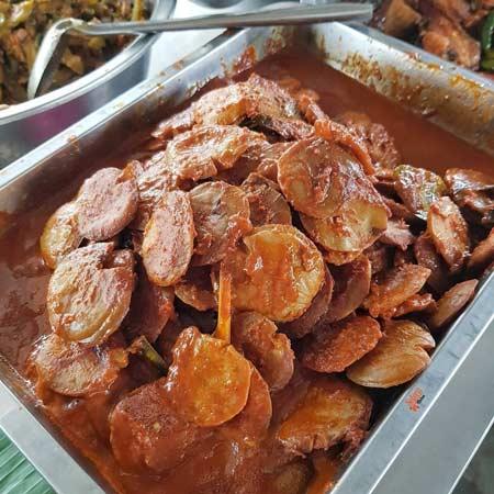 Makanan dan Minuman Khas Jakarta - Semur Jengkol