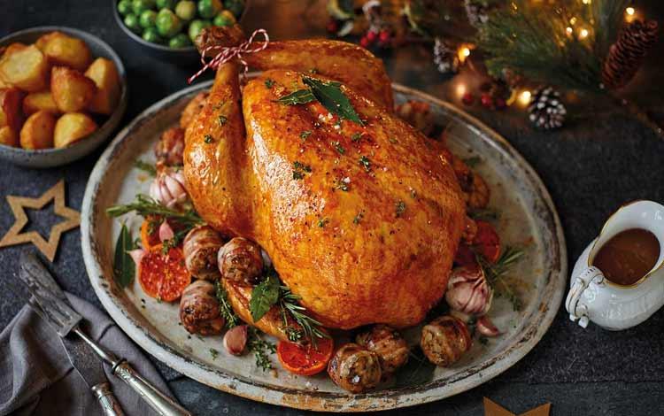 Makanan Dan Minuman Yang Identik Dengan Perayaan Natal - Kalkun Panggang