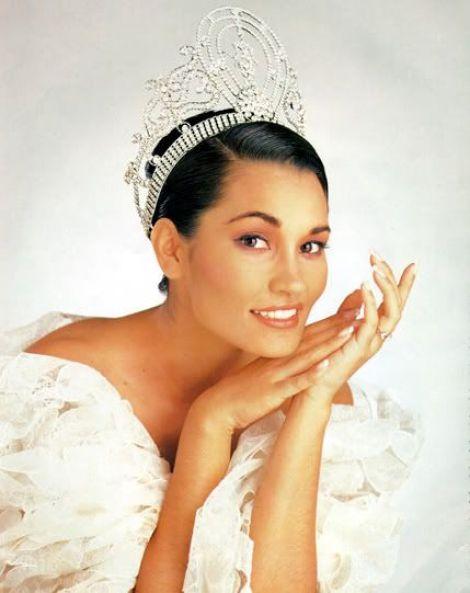 Pemenang Miss Universe Dari Waktu Ke Waktu - Brook Mahealani Lee - 1997
