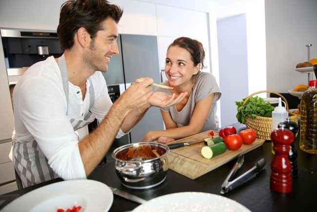 Rekomendasi Hadiah Atau Kado Valentine Untuk Pacar Dan Sahabat - Makanan favorit buatan kamu sendiri