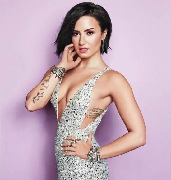 Penyanyi barat cantik dan seksi - Demi Lovato