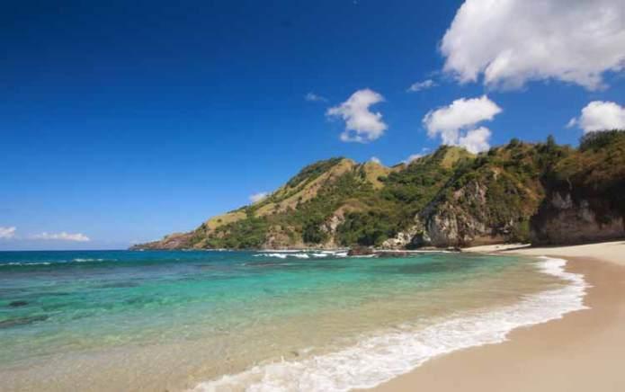 Daftar Pantai Terindah Di Indonesia - Blog Unik