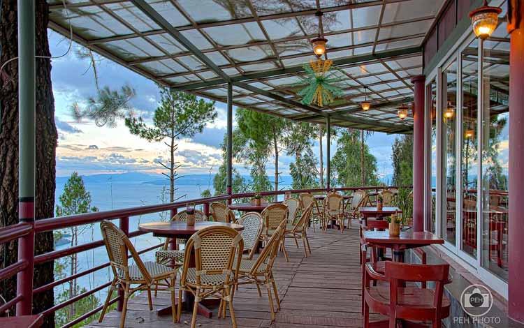 Tempat Makan atau Restoran Dengan Nuansa Alam Di Medan - Tea House Taman Simalem Resort