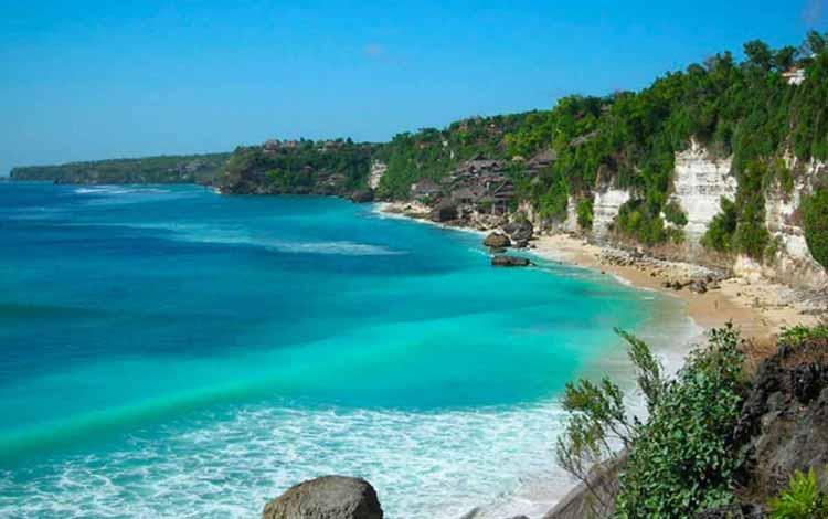Pantai Indonesia Yang Tak Kalah Indah Dari Maldives - Pantai Sawarna