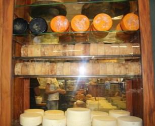 mercado-central-de-bh-queijo3