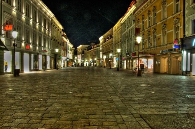 Plaza night in Klagenfurt