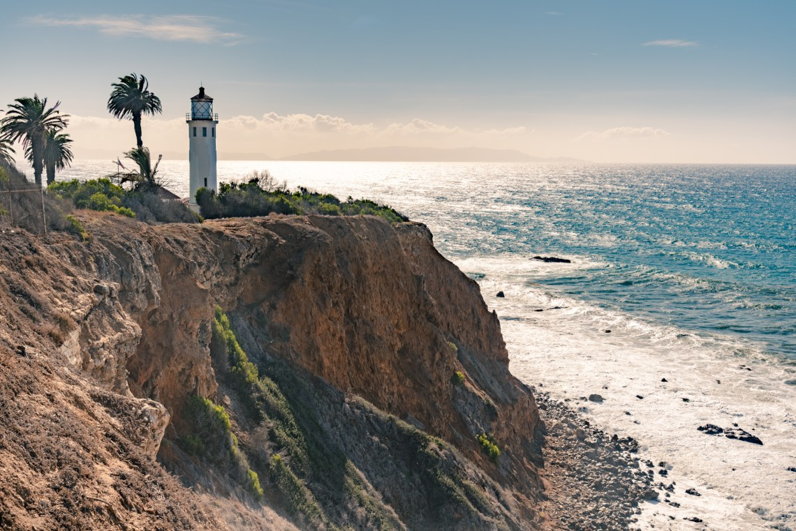 Point Vicente Lighthouse over the cliff view