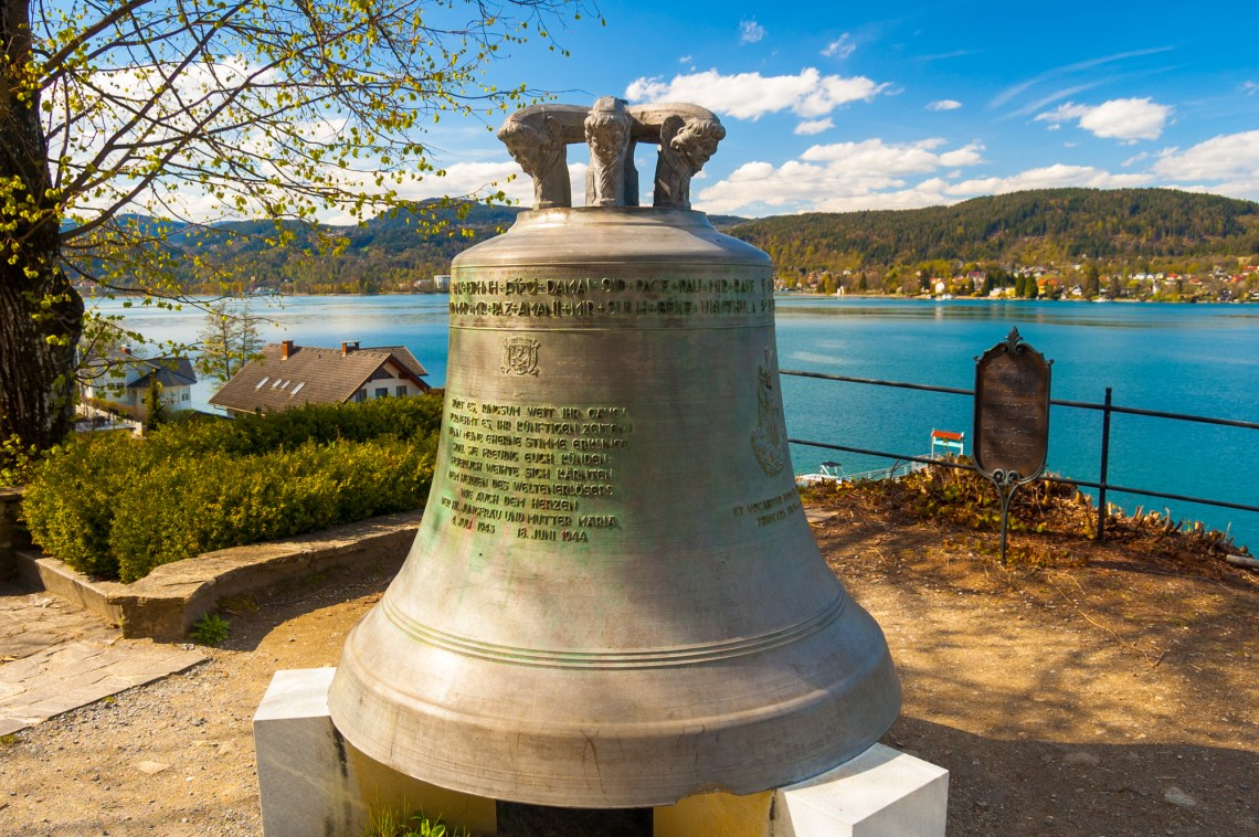 Peace bell, multiple languages spelling, Maria Woerth / Austria