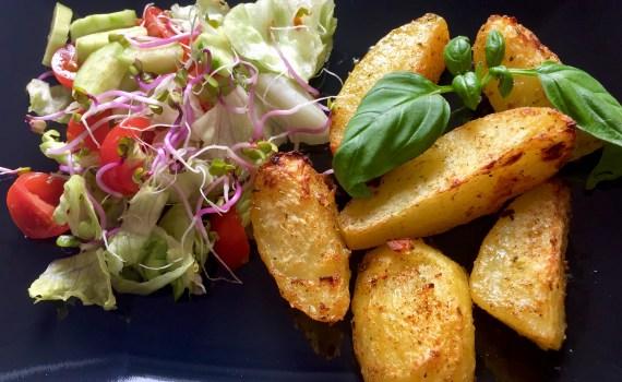 Ziemniaki podane na talerzu
