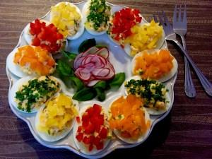 Jajka faszerowane, dekorowane