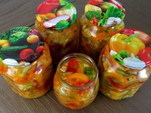 Warzywna sałatka do obiadów