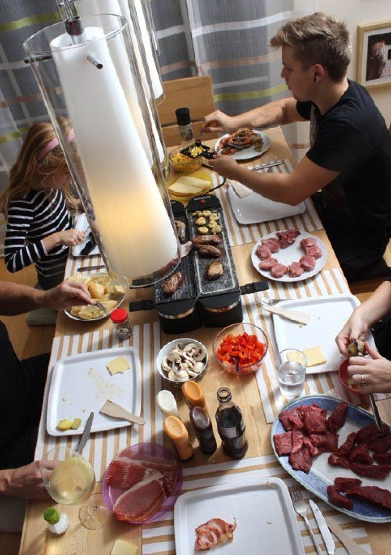 Klarstein Tenderloin Doppel Raclette-Grill Partygrill im Einsatz