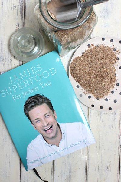 Wie Ihr das Granolapulver á la Jamie Oliver für Superfood herstellen könnt
