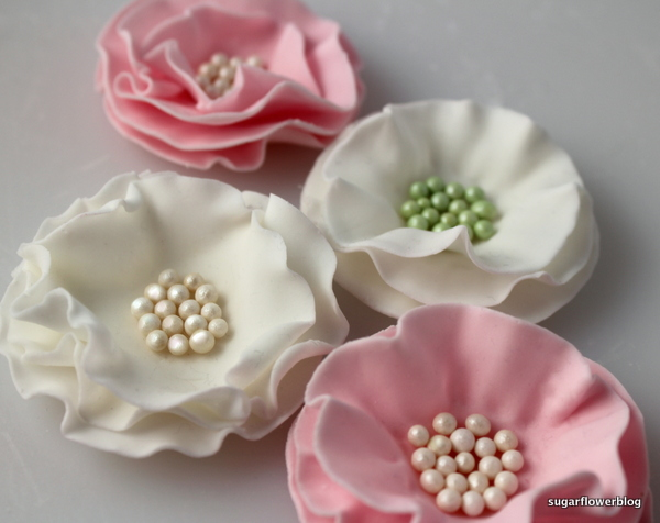 How To Make An Easy Ruffled Flower From Fondant Or Gum Paste