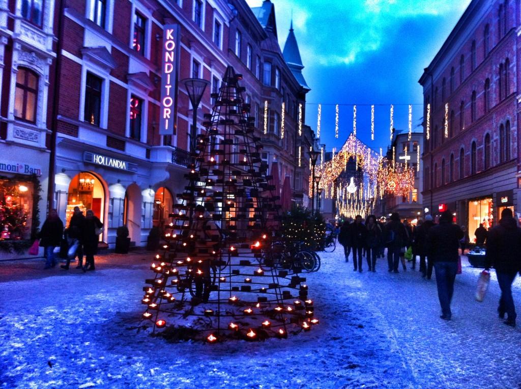 Holidays December World Around
