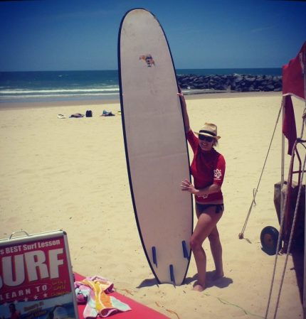 Surfing lessons at Noosa 3