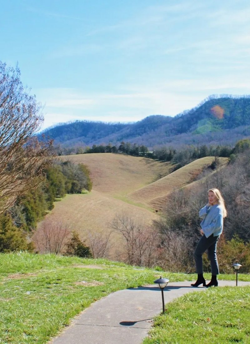 VALENTINE'S DAY GETAWAY IN THE GREAT SMOKIES