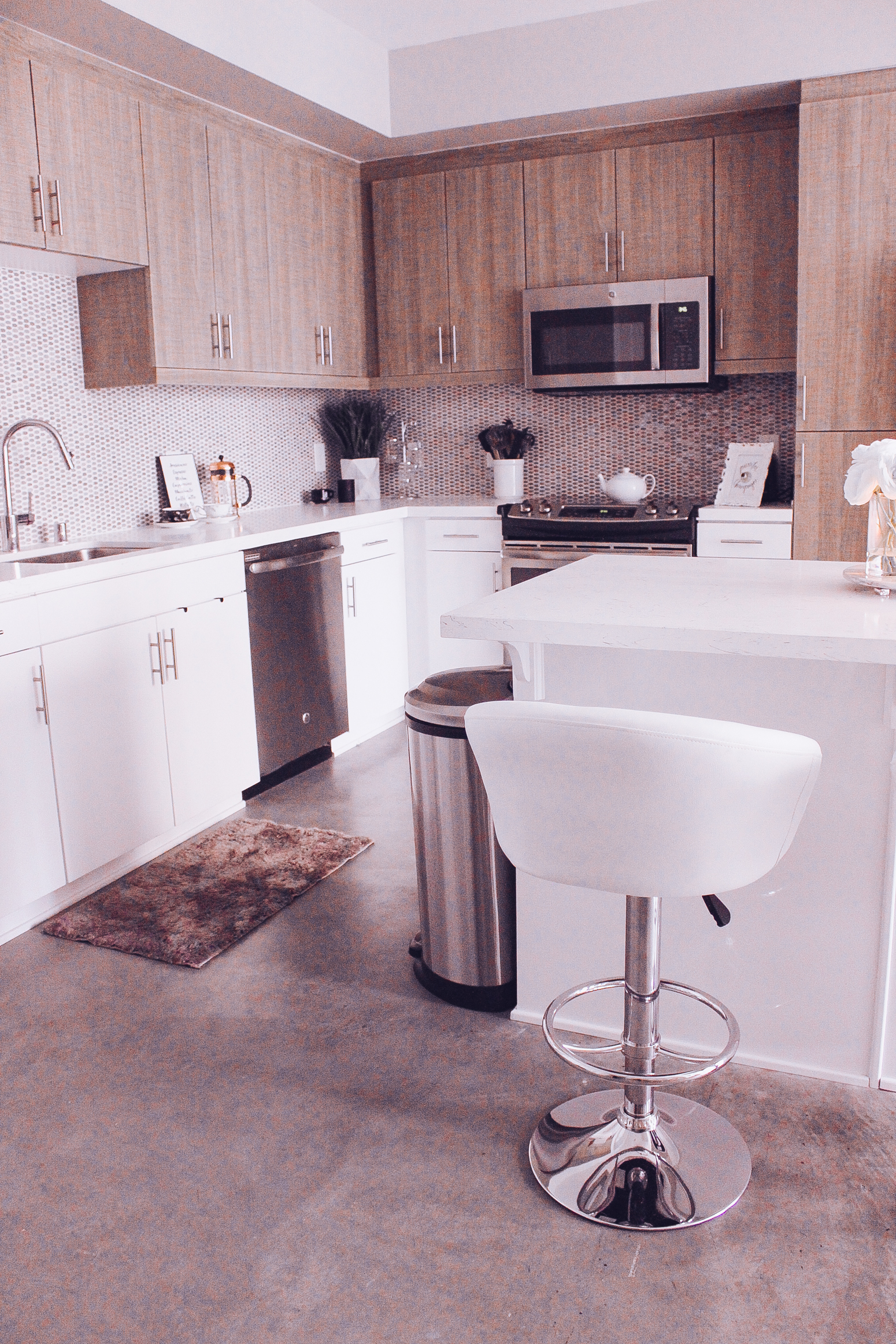 marble kitchen accessories delta faucet my white and neutral