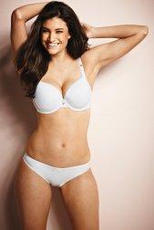 Lauren Mellor lingerie Model
