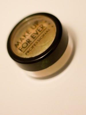 make-up-forever-star-powder-safran-reflet-vert-3
