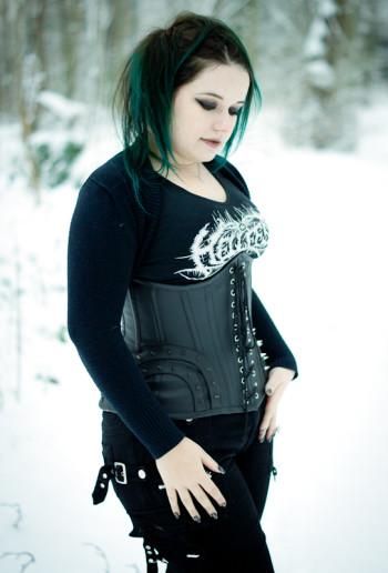 darkinette snow