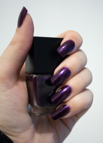vernis à ongles glam excess violet 2