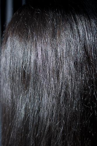 cheveux noir serafina