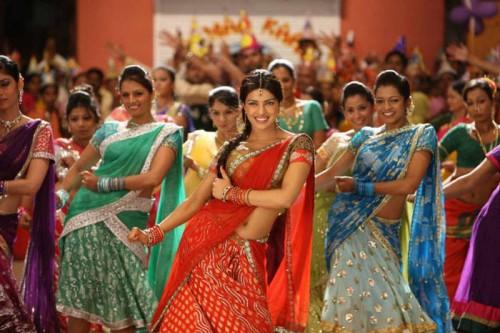 citefun-agneepath-priyanka-dance