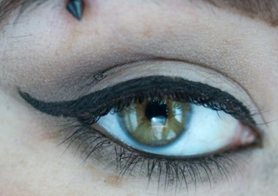 eyeliner astucieux
