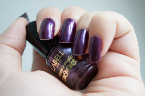 vernis a ongle violet labell
