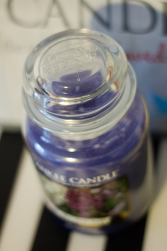 YANKEE CANDLE  Lilac blossom-2