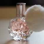 Parfum Ari by Ariana Grande