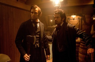 ALVH-217 - Abraham Lincoln (Benjamin Walker) and his vampire-battling mentor Henry Sturgis (Dominic Cooper) plan their next move during a fateful battle with the undead.