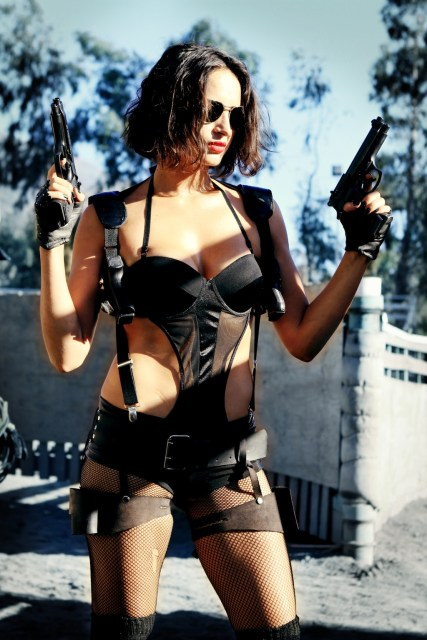Bring_me_the_head_of_machine_gun_woman_5_9_12_12