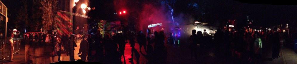 Horror_Nights_Panorama_9_26_12