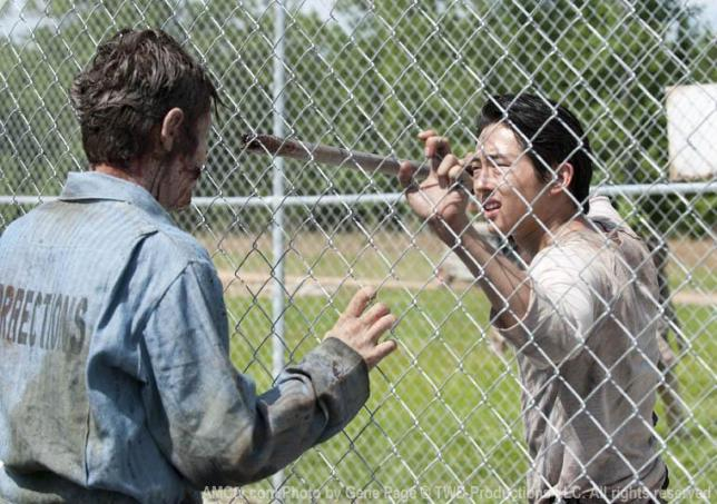 The-Walking-Dead-glenn-760_FULL