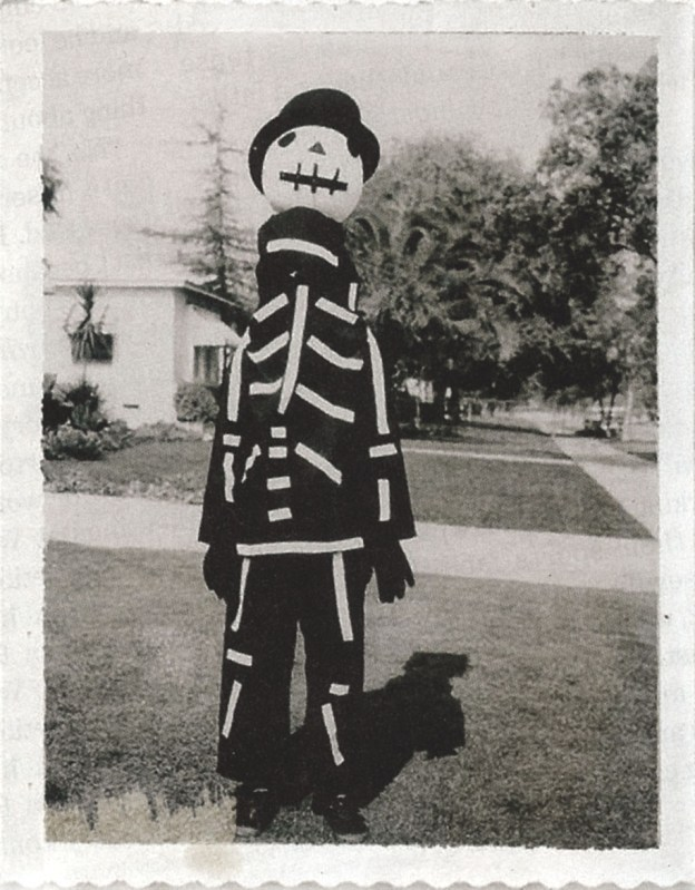 Tim-Burton-Halloween-Costume