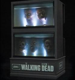 Walking_Dead_Season3_Blu_3_2_7_13