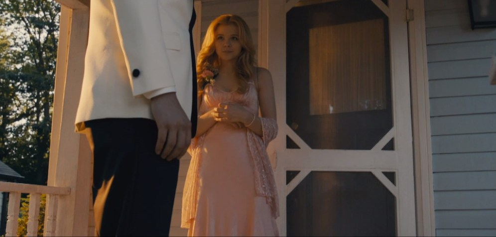 Carrie_Trailer_10_4_4_13