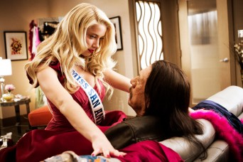 Machete-Kills_AmberHeard-DannyTrejo-LARGE-FILE