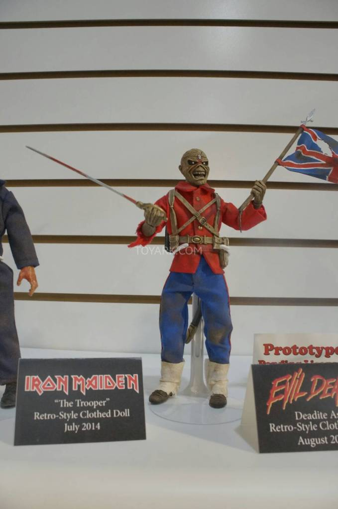 Toy-Fair-2014-NECA-Retro-Figures-004