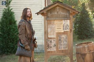 Salem - Episode 1.01 - The Vow - Promotional Photos (27)_FULL