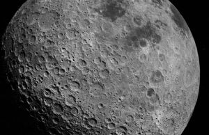 800px-Back_side_of_the_Moon_AS16-3021