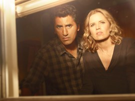 Cliff Curtis as Travis and Kim Dickens as Madison - Fear the Walking Dead _ Season 1, Gallery - Photo Credit: Frank Ockenfels 3/AMC
